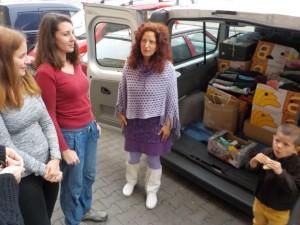 Předání věcí z Burzy - Azylový dům pro matky Naděje v Plzni